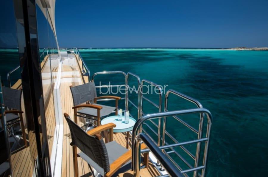 Моторная яхта Play the Game Yacht #7