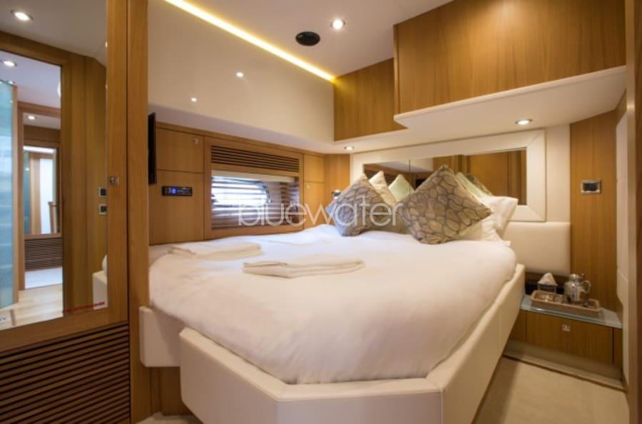Моторная яхта Firecracker Yacht #19