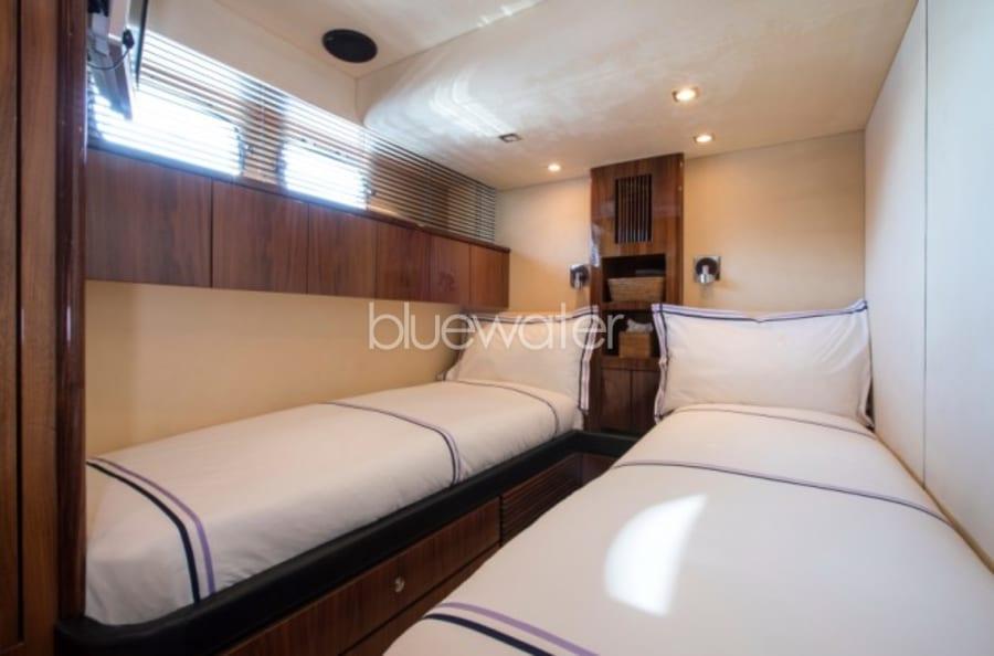 Моторная яхта D5 Yacht #17