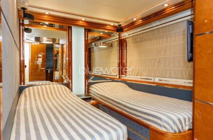 Моторная яхта Vellmari Yacht #18