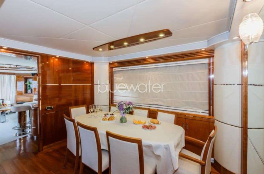 Моторная яхта Vellmari Yacht #24