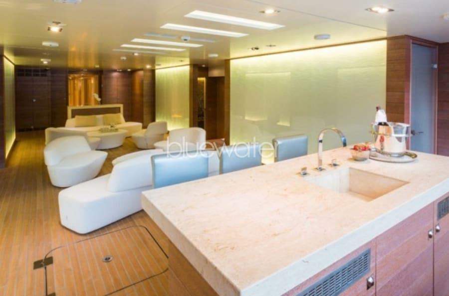 Моторная яхта ICON Yacht #6