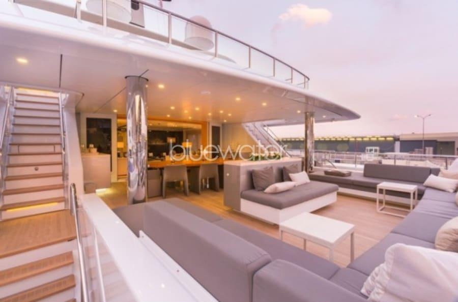 Моторная яхта ICON Yacht #21