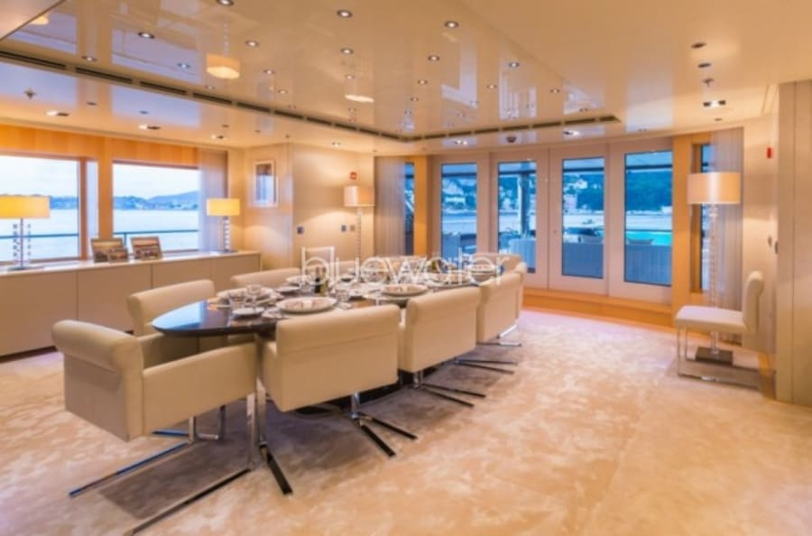 Моторная яхта ICON Yacht #24