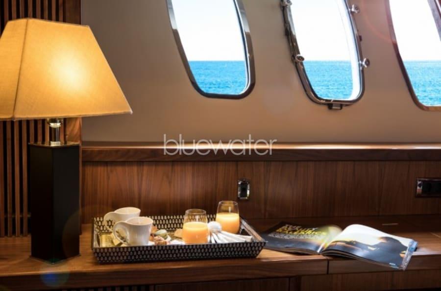 Моторная яхта Exceso Yacht #14