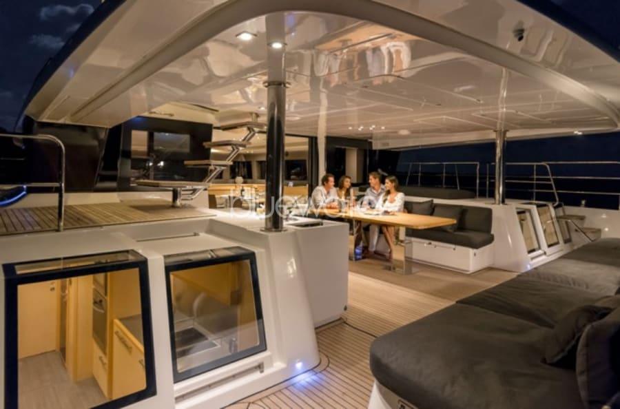 Моторная яхта LONG MONDAY Yacht #8