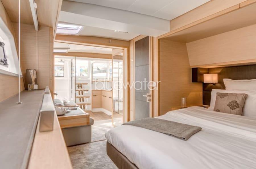 Моторная яхта LONG MONDAY Yacht #9