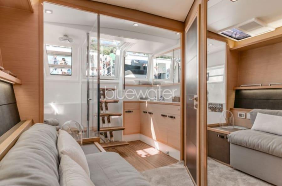Моторная яхта LONG MONDAY Yacht #13