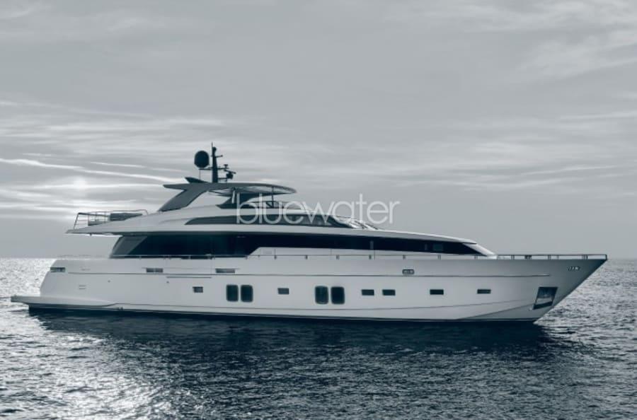 Моторная яхта SALT Yacht #1