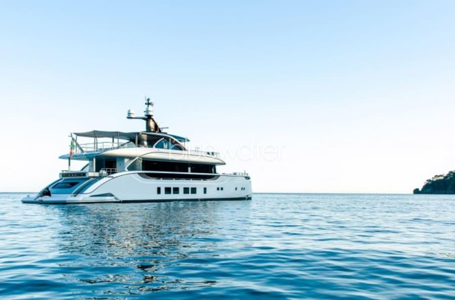 Моторная яхта SPRING Yacht #1