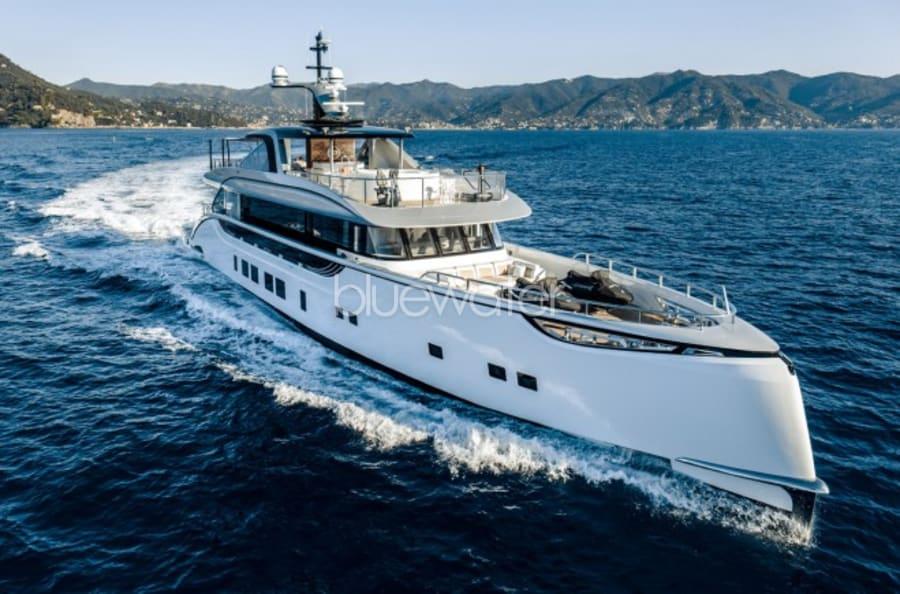 Моторная яхта SPRING Yacht #2