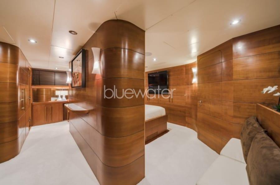 Моторная яхта Fiorente Yacht #10