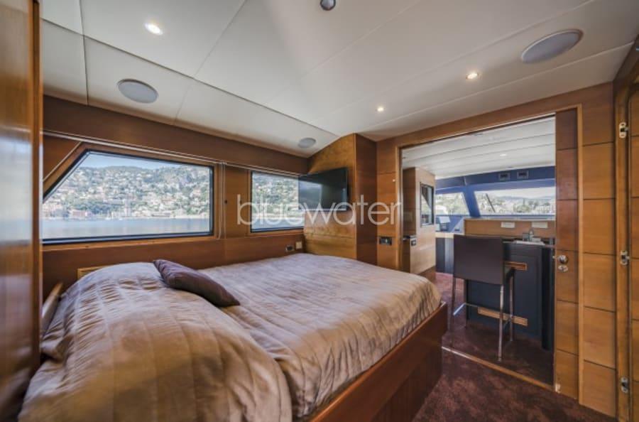 Моторная яхта Fiorente Yacht #25