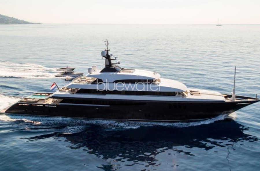 Моторная яхта ICON Yacht #3