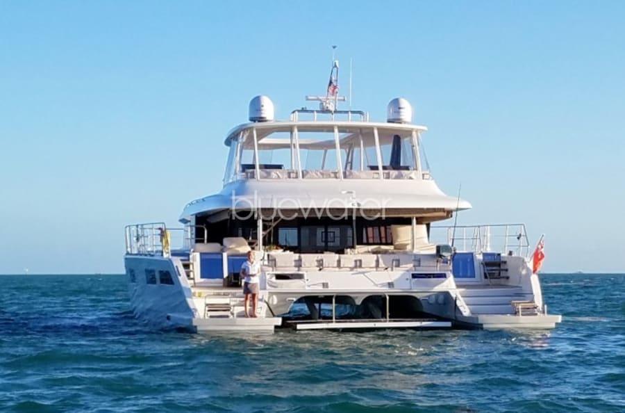 Моторная яхта LONG MONDAY Yacht #3