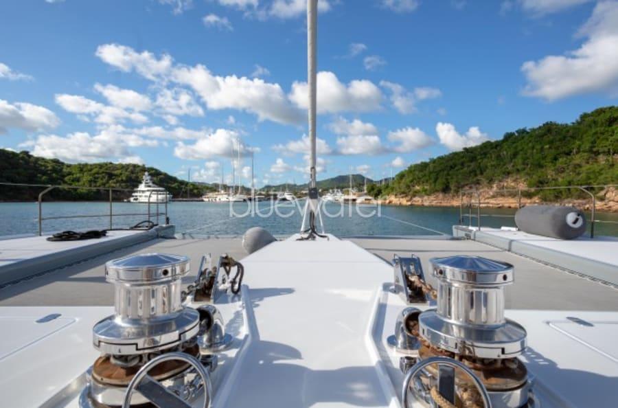 Моторная яхта CHE Yacht #9