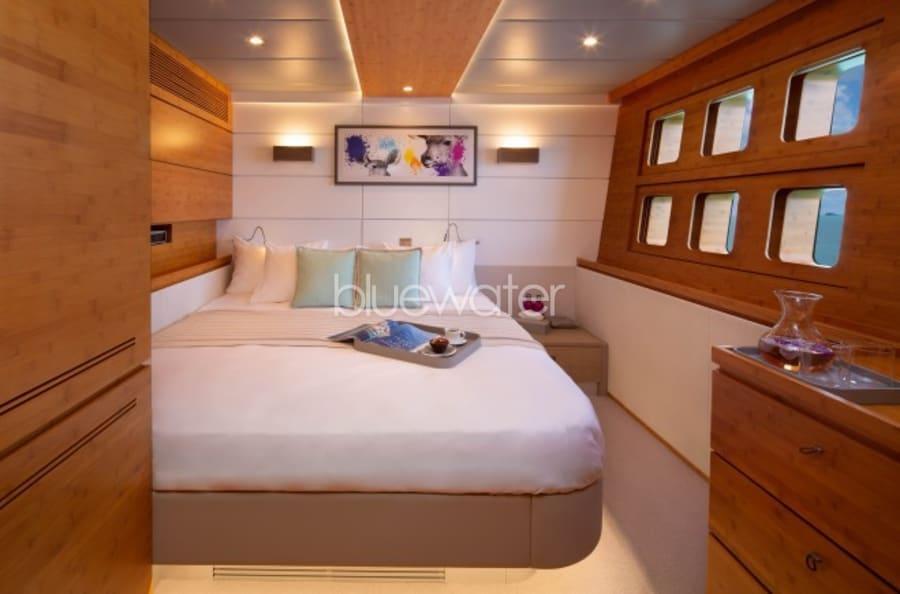Моторная яхта CHE Yacht #23
