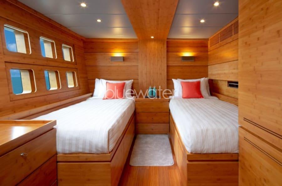 Моторная яхта CHE Yacht #22