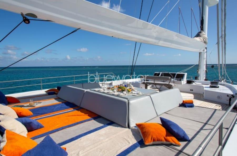 Моторная яхта CHE Yacht #26
