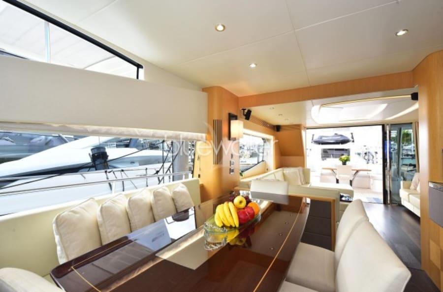 Моторная яхта SUN TOY Yacht #13