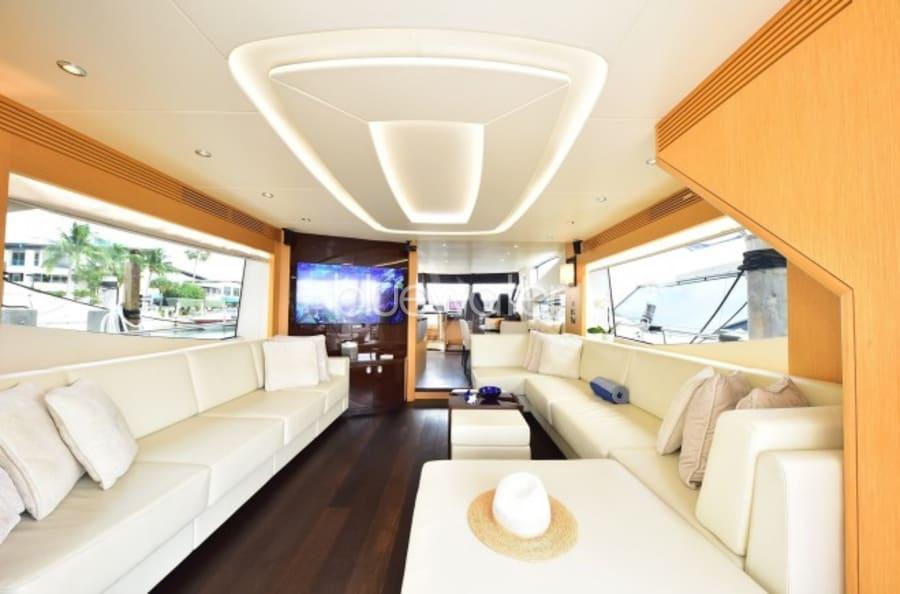 Моторная яхта SUN TOY Yacht #15