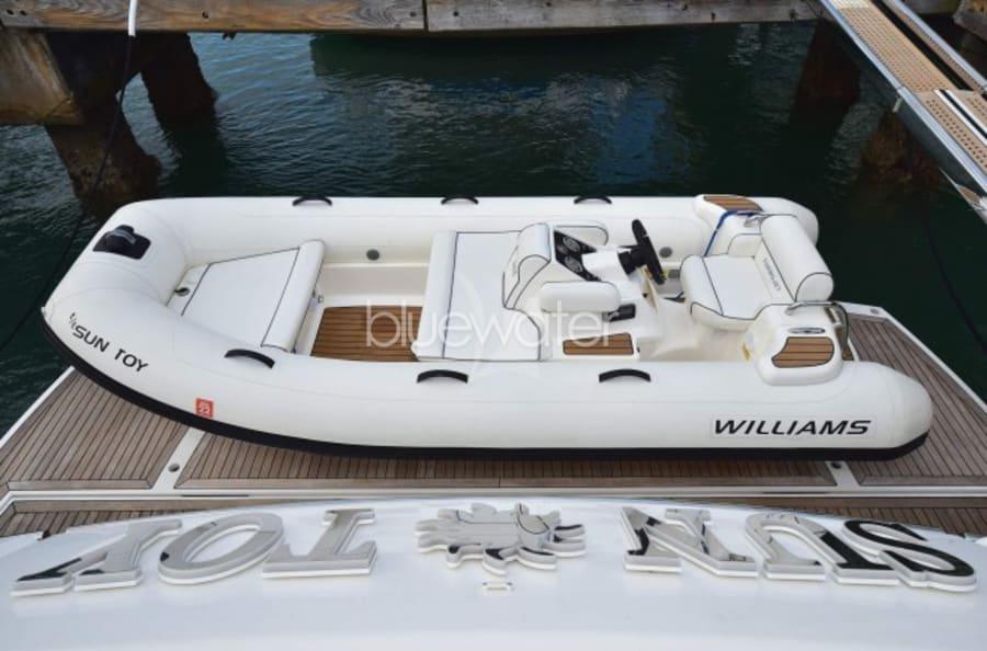 Моторная яхта SUN TOY Yacht #25