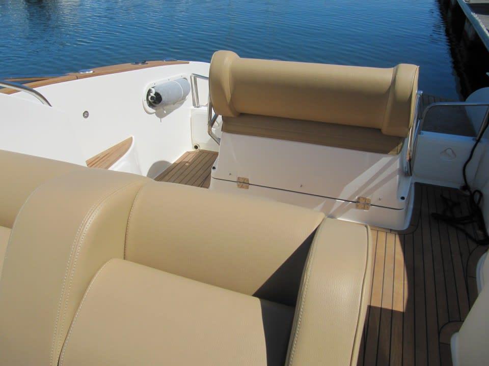 M/Y Cormate T27 Yacht #12