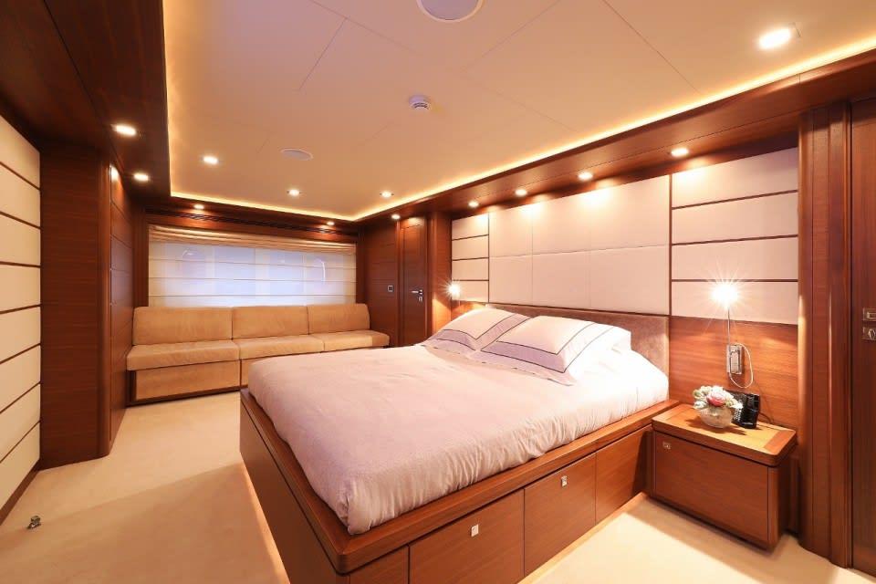 M/Y Custom Line 112 Next Yacht #39