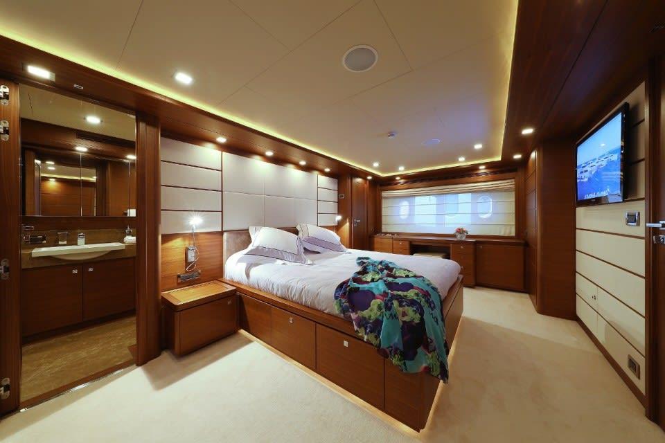 M/Y Custom Line 112 Next Yacht #16