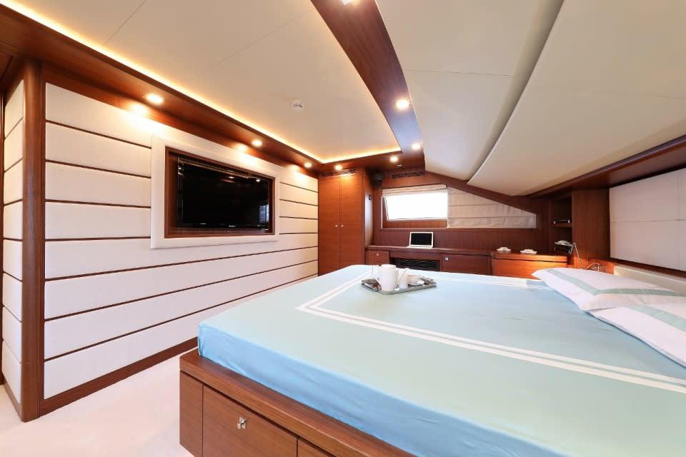 M/Y Custom Line 112 Next Yacht #25