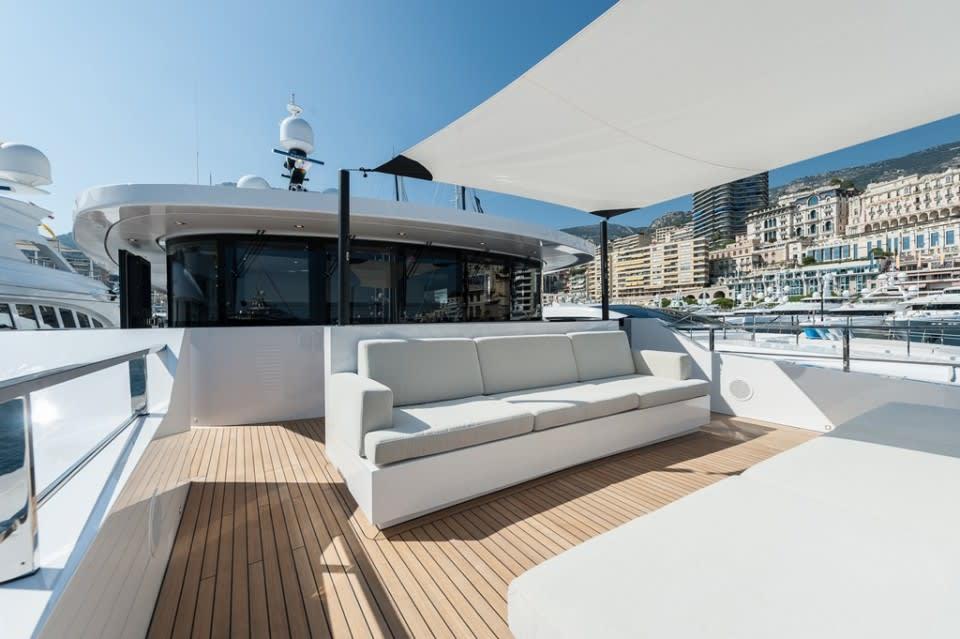 M/Y Entourage Yacht #12
