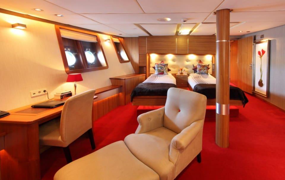 M/Y Sherakhan Yacht #14