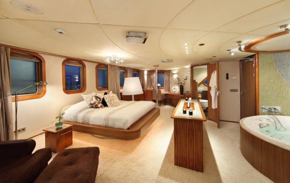 M/Y Sherakhan Yacht #21