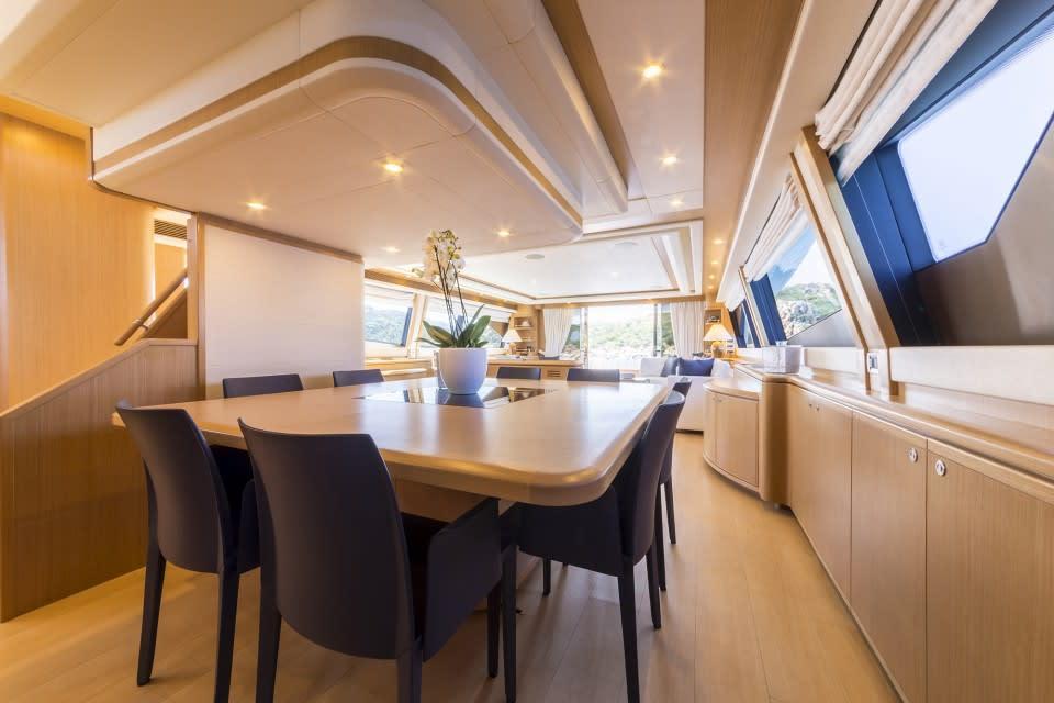 M/Y Porthos Sans Abri Yacht #18