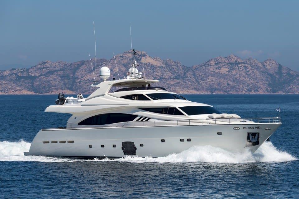 M/Y Porthos Sans Abri Yacht #6