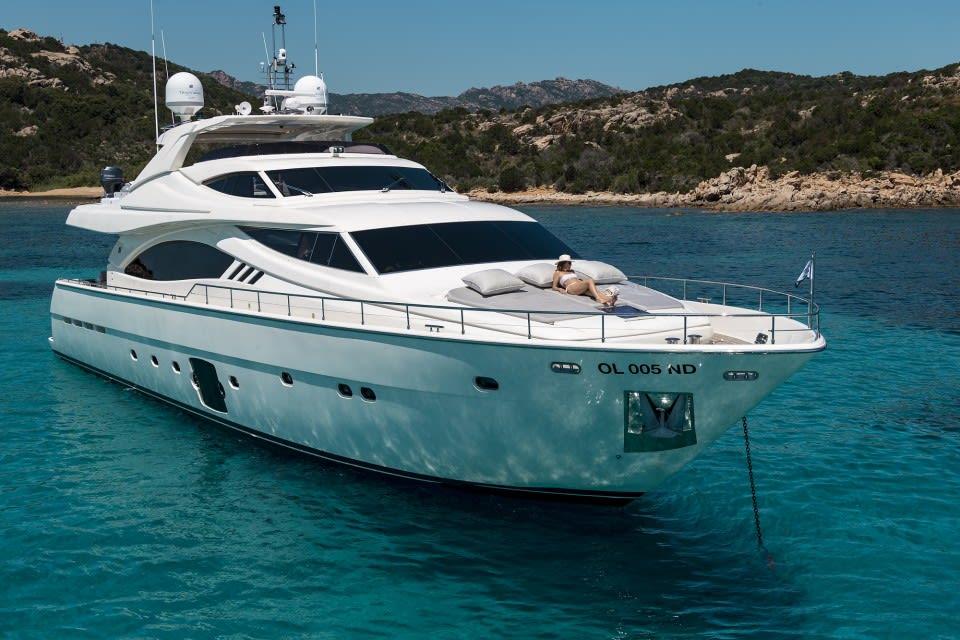 M/Y Porthos Sans Abri Yacht #11