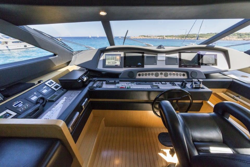 M/Y Porthos Sans Abri Yacht #27