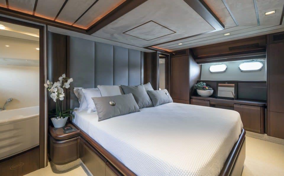 M/Y Sea Dog Yacht #11