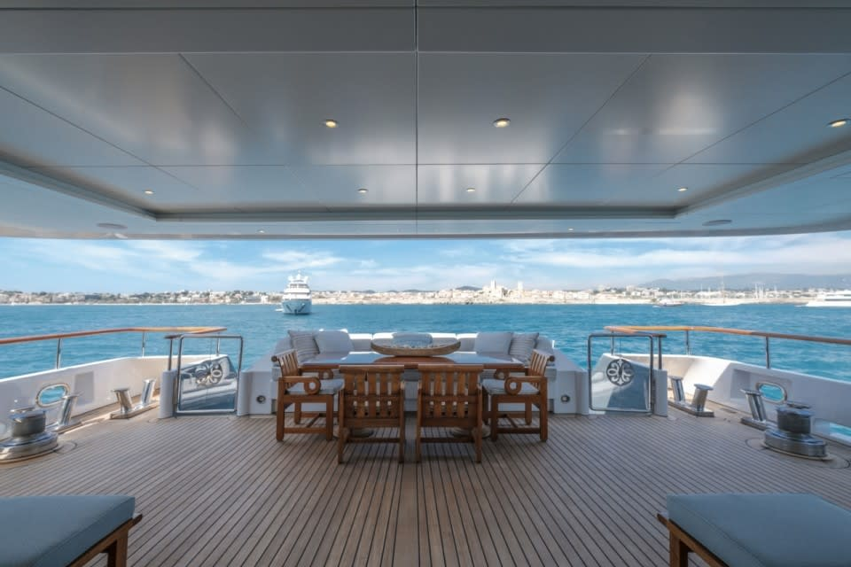 Моторная Mosaique Yacht #15