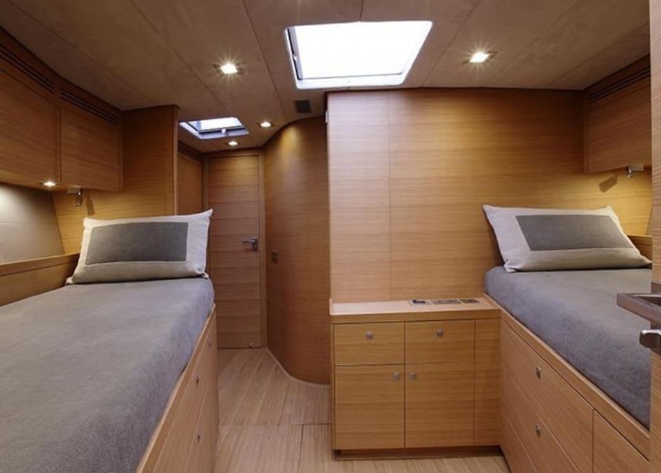Парусная Xnoi Yacht #12