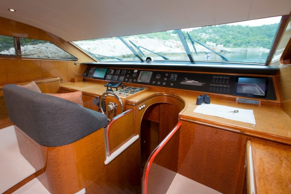 Моторная яхта Vogue Yacht #11