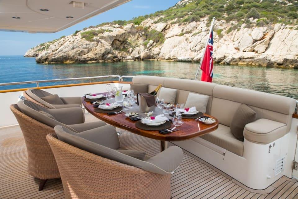 Моторная яхта Vogue Yacht #8