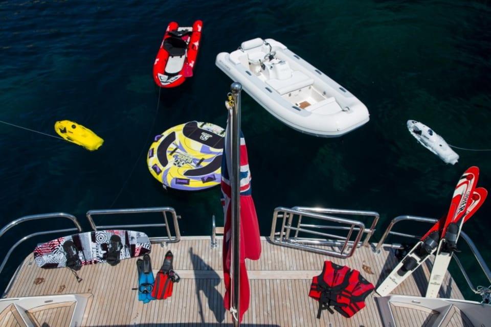 Моторная яхта Vogue Yacht #21