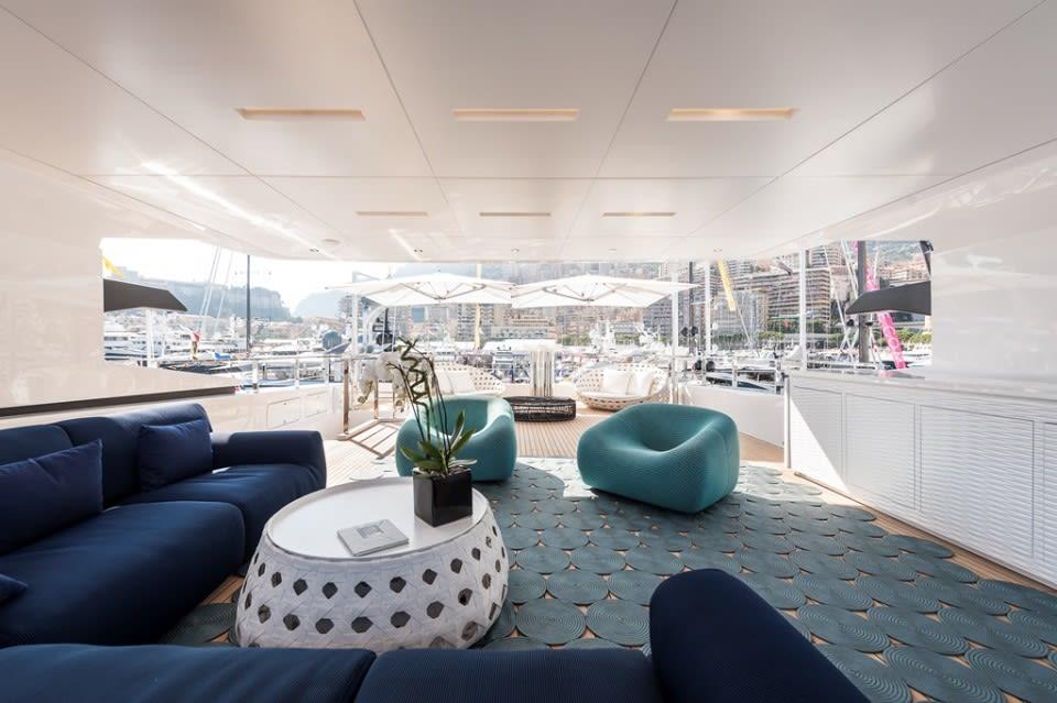Моторная яхта Entourage Yacht #16