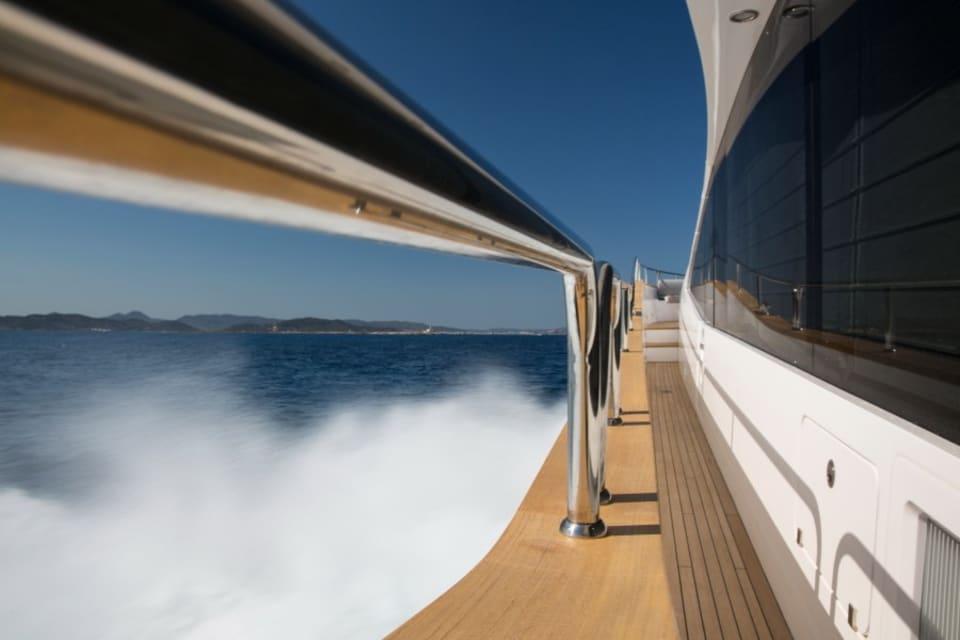 Моторная яхта Play the Game Yacht #8