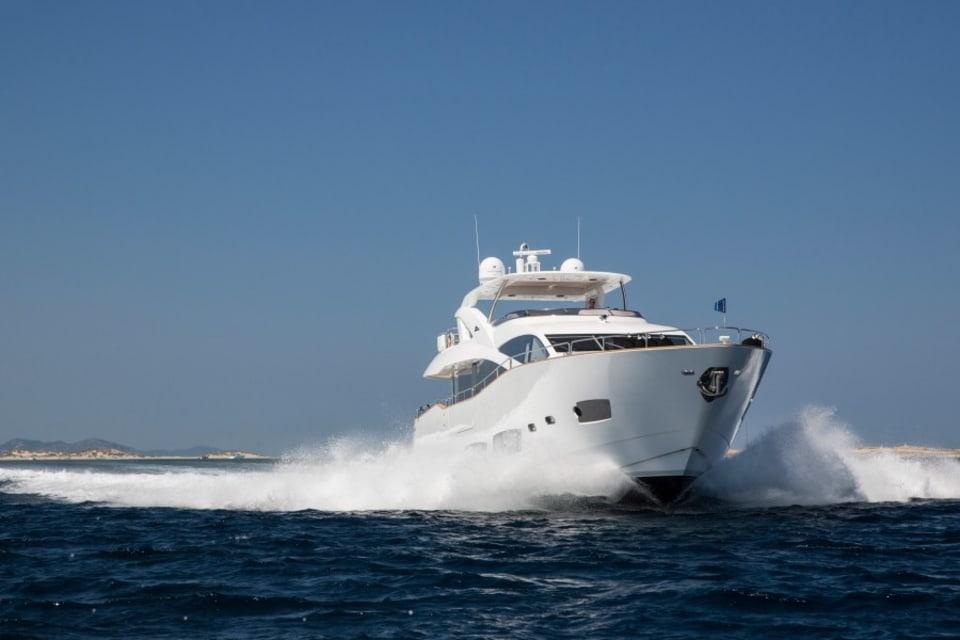 Моторная яхта Play the Game Yacht #6