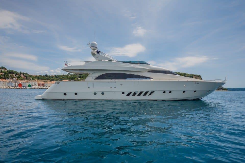 Моторная яхта Vellmari Yacht #5