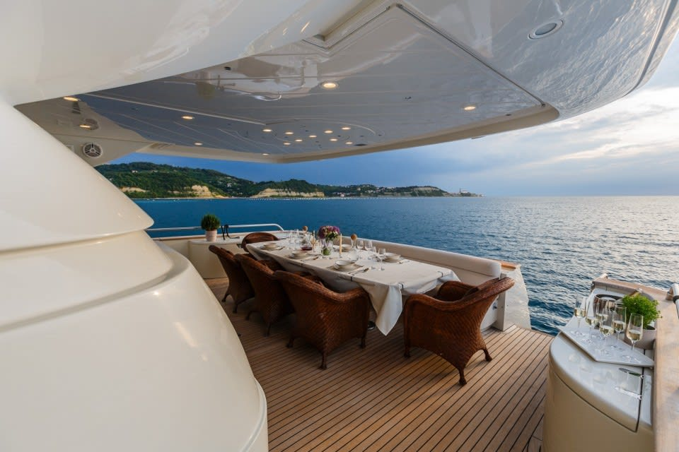Моторная яхта Vellmari Yacht #12