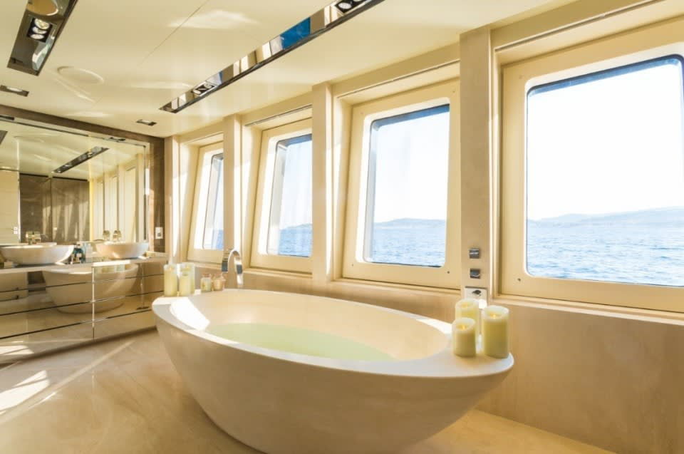 Моторная Icon Yacht #20