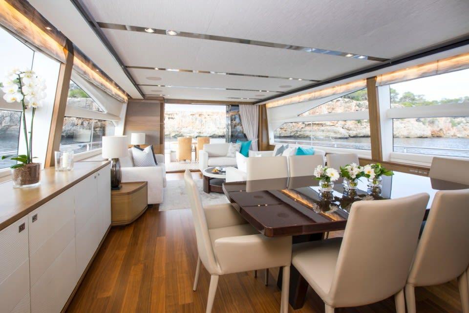 Моторная яхта La Vie Yacht #10
